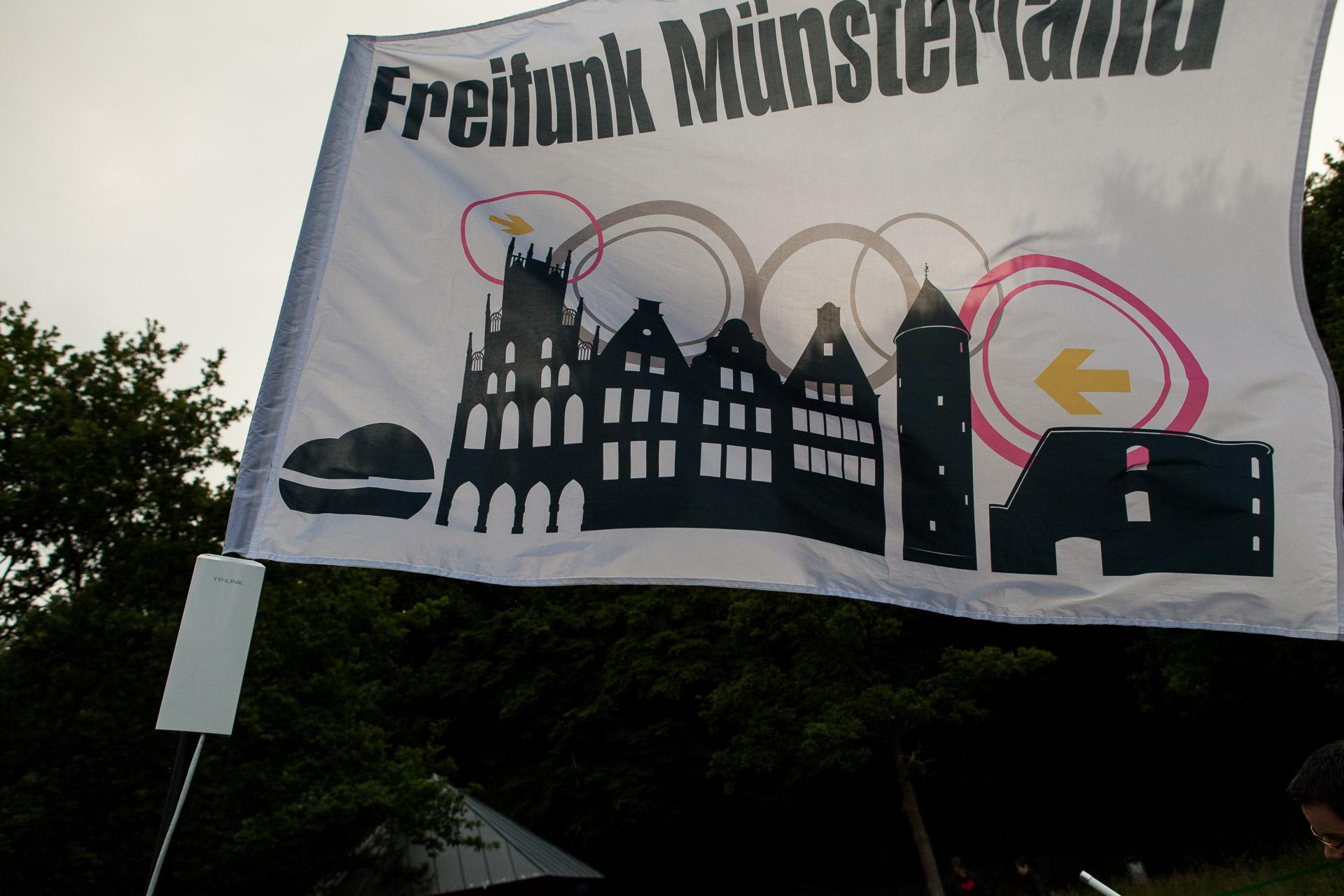 Flagge mit Sendeleistung